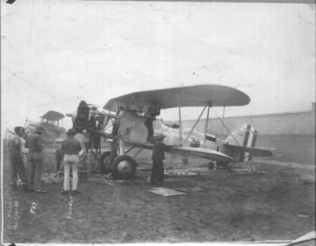 aircraftmaintenancechina1927-28.jpg